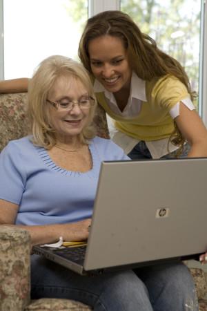 mom daughter laptop online - kimberly-edwards.com